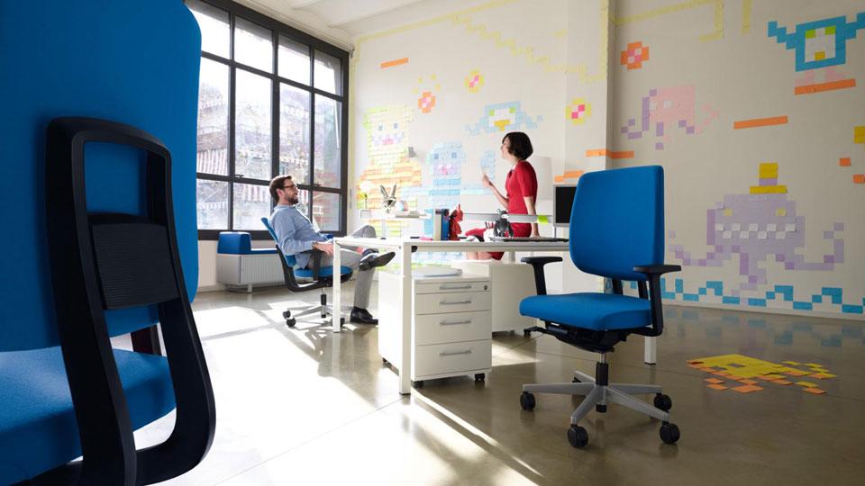 Wir führen Bürostühle für jeden Einsatzbereich, in allen möglichen Ausführungen.